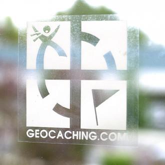 Geocaching-Logo Statik-Folie, für Glasscheiben innen